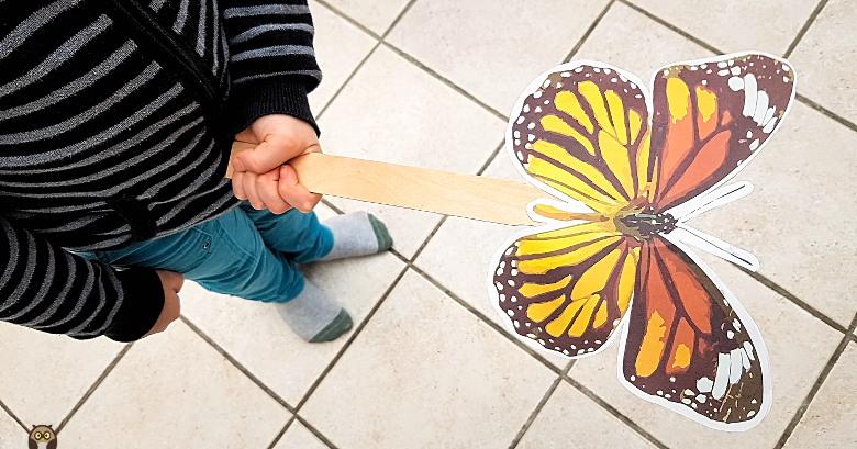"""ronde du papillon - avec une marotte """"papillon"""""""