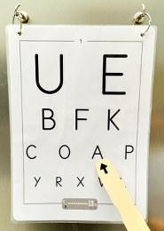 test réalisé par ophtalmologue